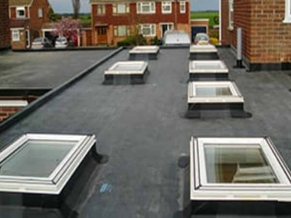 Rubber roof system for house extensions